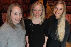 Fra venstre: Maria Aagesen, Rikke Rosbjerg og Louise Madsen undersøker hvordan prosessen med å komme tilbake i arbeid etter en kreftdiagnose kan bli best mulig