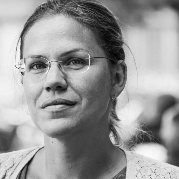 Bildet viser Charlotte Lundgren, som har tre tips til team i arbeidsrettet rehabilitering
